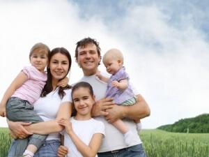 Право на получение определенных льгот, семья может получить только после того, как она официально будет признана многодетной семьей