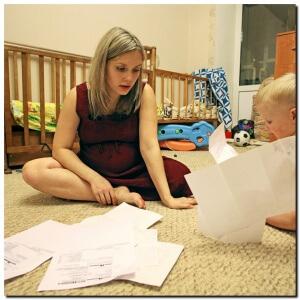 Многие ситуации очень индивидуальны и для переоформления детских пособий не всегда достаточно стандартного списка документов