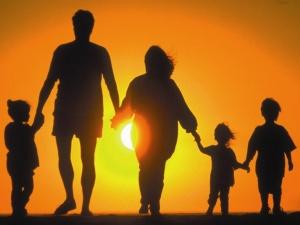 Обращаясь к государству за помощью, молодая семья может получить субсидии.