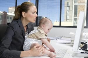 Сколько платят матерям одиночкам и какие льготы им положены по закону