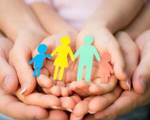 Отсутствие биологических родителей подтверждается документально