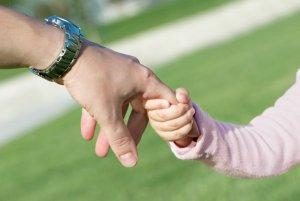 Какой размер вознаграждения приемным родителям