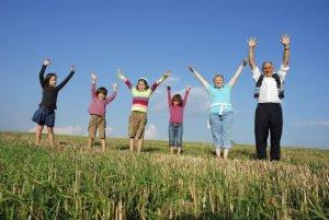 Что регламентирует закон о предоставлении земли многодетным семьям