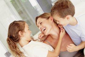 Мать одиночка получает пособия в двойном размере