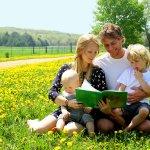 Что такое приемная семья, кто может стать приемными родителями