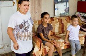 Малоимущие семьи получают помощь от государства