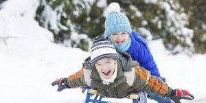 Страхование детей от несчастных случаев: как правильно оформить