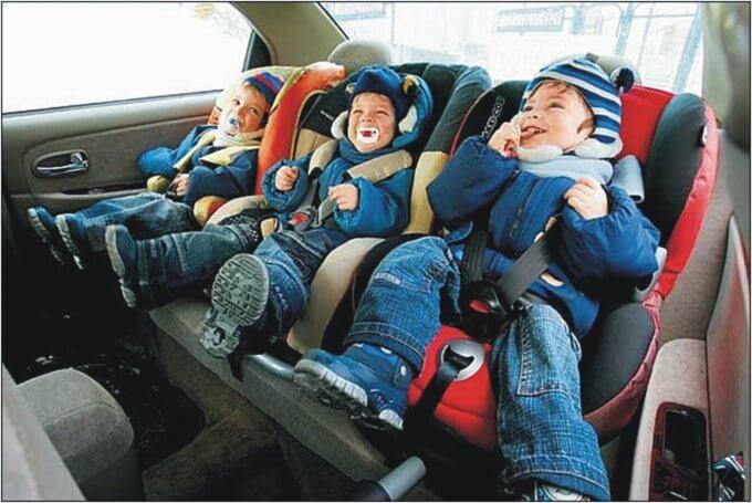 Авто для многодетной семьи и понятие многодетности