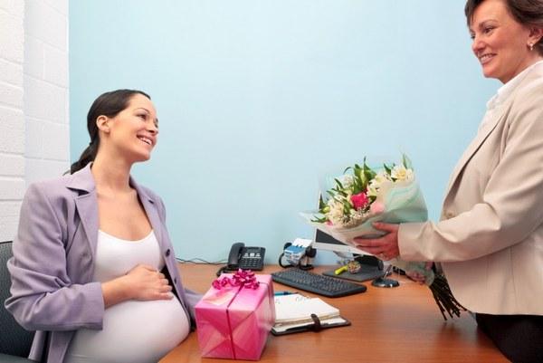 Беременность и роды, в течение какого времени выплачивают декретные