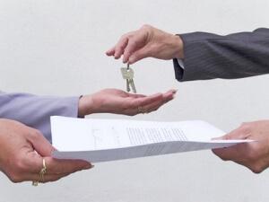 Малоимущие семьи имеют право на государственную субсидию по улучшению жилищных условий