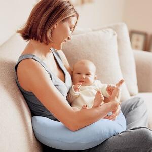 Для женщин, родивших вне брака возможно получение статуса матери-одиночки.