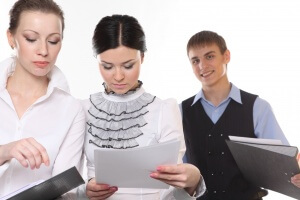 Беременные сотрудницы не попадают под сокращение при ликвидации предприятия