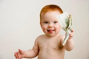 Неработающие мамы получают помощь в размере 543 рублей