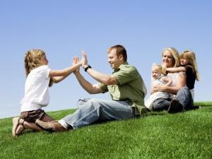 Многодетным семьям положена субсидия на покупку жилья