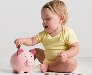 Единовременную выплату может получить один из родителей по месту трудоустройства