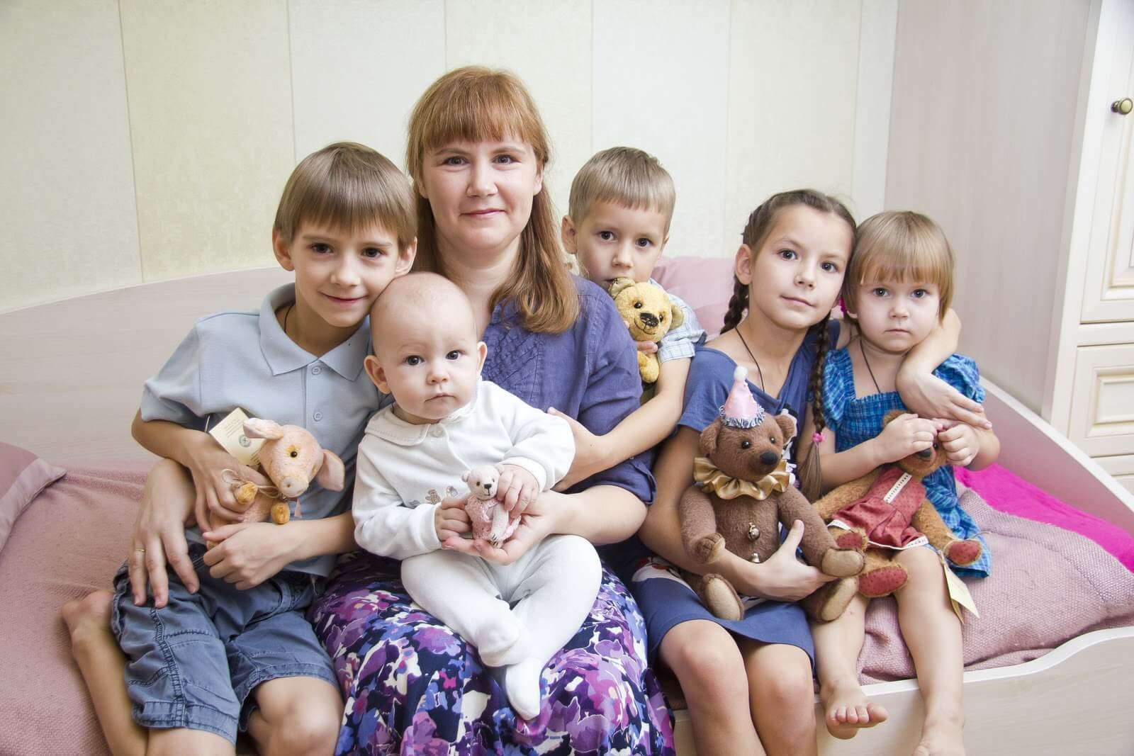 Как предоставляется отпуск многодетным родителям: количество дней в год