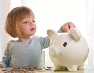 Размер выплат зависит от количества детей и трудоустройства родителей