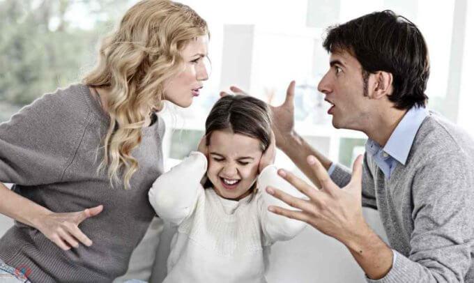 С кем останется ребенок после развода родителей по законам РФ