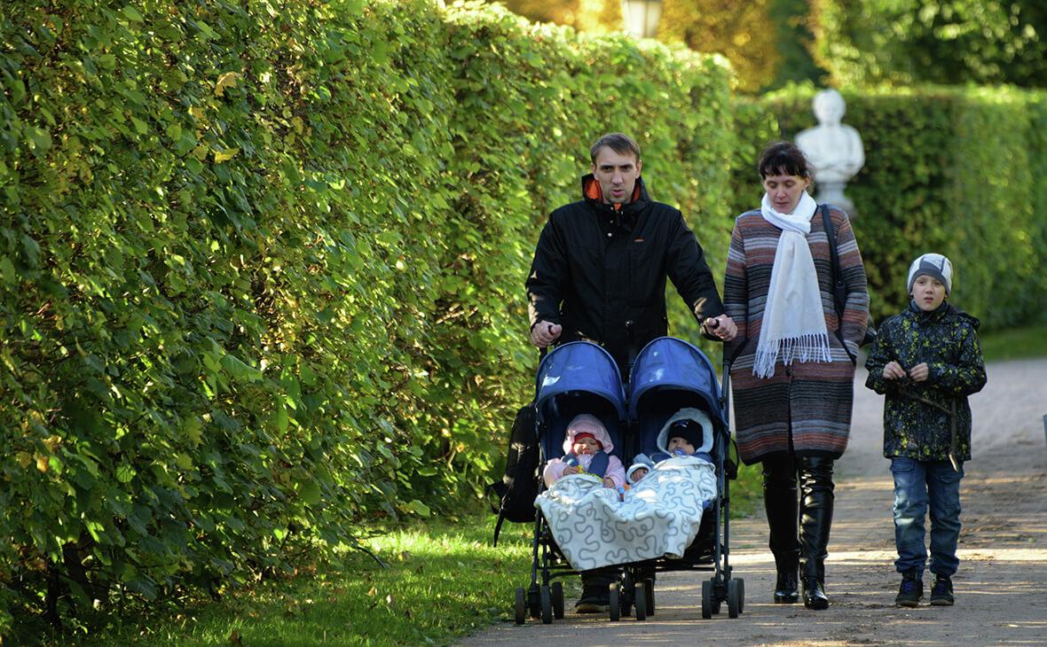 Как оформить губернаторские выплаты при рождении ребенка?